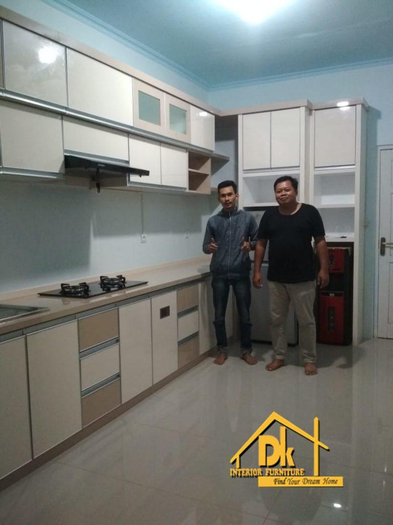 Jasa Pembuatan Kitchen Set Kajen Pekalongan